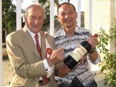 葡萄酒達人郭偉信先生專訪 Interview with Mr. Wilson Kwok, an alumnus and a wine and food expert