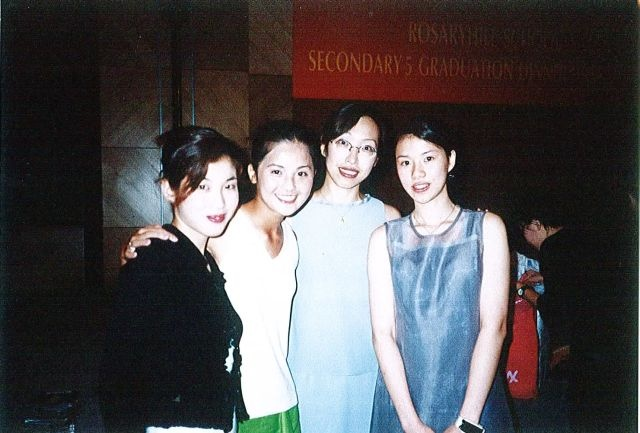 sa_with_friends_at_grad_din_640